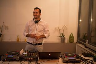 DJ DJ Alex